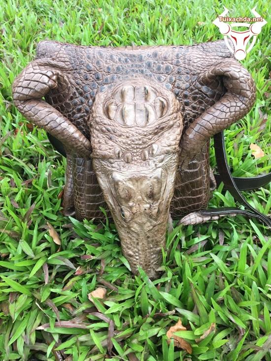 túi da cá sấu nguyên con lớn